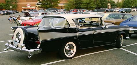 File:1958 Ambassador 4-d hardtop.jpg - Wikimedia Commons
