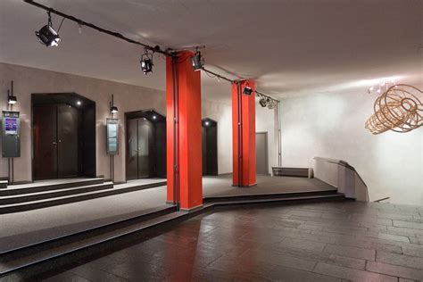 home theater leo theater  der leopoldstrasse