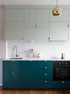 Placards De Cuisine : la cuisine joue au puzzle de placards muraux joli place ~ Carolinahurricanesstore.com Idées de Décoration