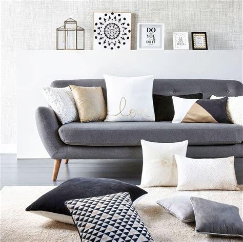 coussin sur canapé gris 17 meilleures idées à propos de tissu scandinave sur