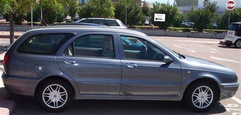 guarnizioni portiere auto guarnizioni portiere auto come cambiarle prezzo drivemag