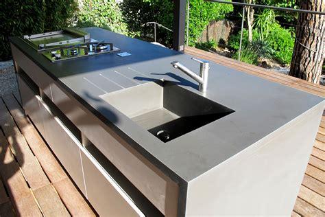 plan de travail pour cuisine exterieure cuisine d 39 été et deck piscine réalisation inside création