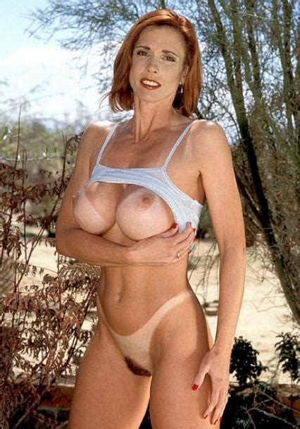 Ginger Milf With Big Boobs Tan Lines And Abs