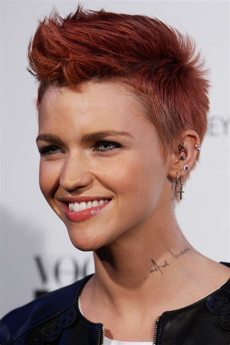 pompadour haircut women s ruby rose red pompadour hairstyle for short hair pretty