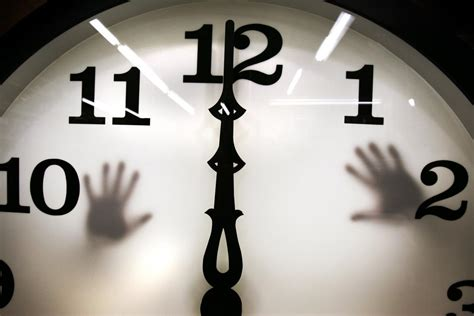When Is Daylight Saving Time 2020? Why We Change Clocks To ...
