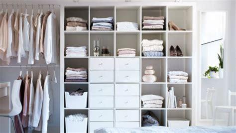 بالصور كيف ترتبين وتنظمين كل أشيائك في خزانة صغيرة
