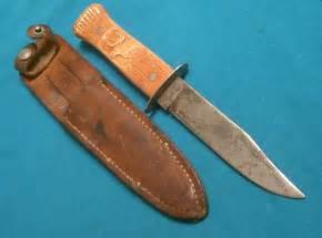 Vintage Old Antique Bowie Knives
