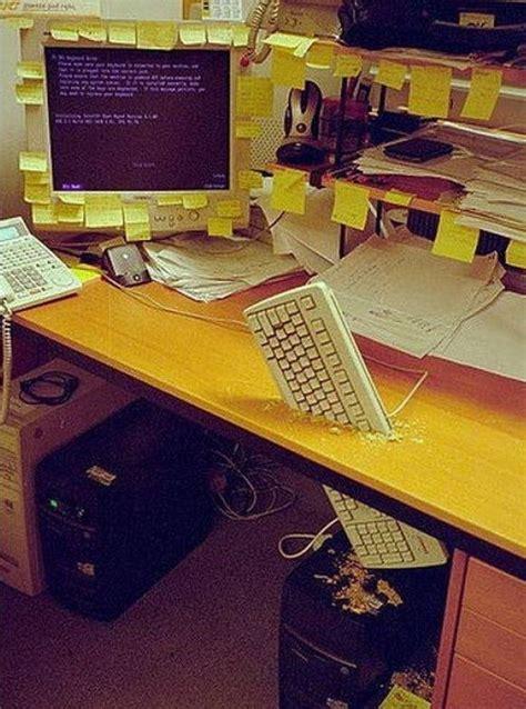 blague a faire au bureau 40 photos de blagues entre coll 232 gues au bureau