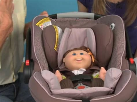 How To Properly Buckle Your Child Into A Car Seat