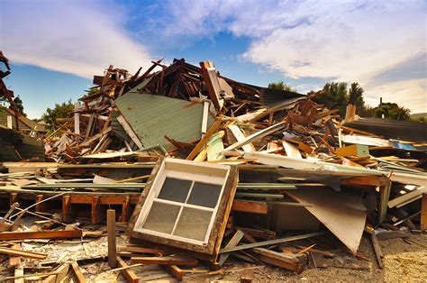 pros  cons  buying earthquake insurance
