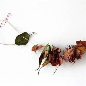 Aus Blättern Basteln : basteln herbstdeko mit kindern raum und m beldesign ~ Lizthompson.info Haus und Dekorationen