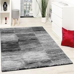Wohnzimmer Teppiche Günstig : teppich grau schwarz ~ Whattoseeinmadrid.com Haus und Dekorationen