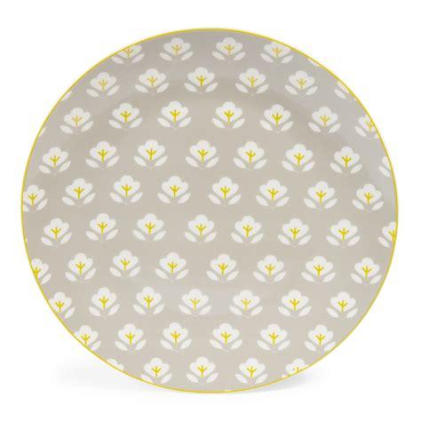 maison du monde assiette assiette plate en porcelaine grise d 27 cm wallpaper maisons du monde