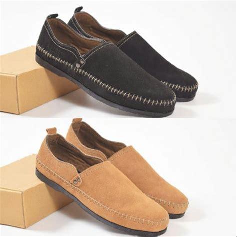 Sepatu Santai Bata Pria jual sepatu santai sepatu azcost slop pria kulit suede di