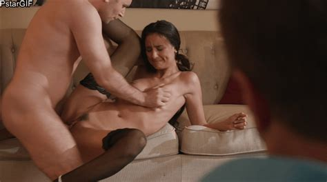 Hotwife Eliza Ibarra Gets Fucked In Front Of Husband