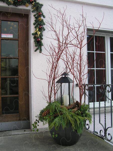 homepage weihnachtlich gestalten advent pflanzen garten rustikale weihnachten weihnachtsdeko hauseingang und deko weihnachten