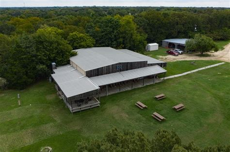 Legendary local ranch, events venue goes on the market ...