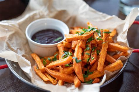 batatas fritas  papas fritas cual gana fast