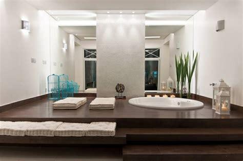 hotel avec baignoire baln駮 dans la chambre faites vous le plaisir de la baignoire archzine fr