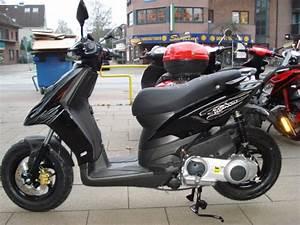 125 Roller Piaggio : piaggio tph 125 roller store ~ Jslefanu.com Haus und Dekorationen