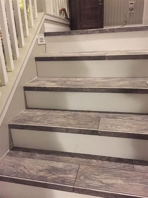 Treppe Fliesen Holzoptik by Wood Look Tiled Stair Staircases Tile