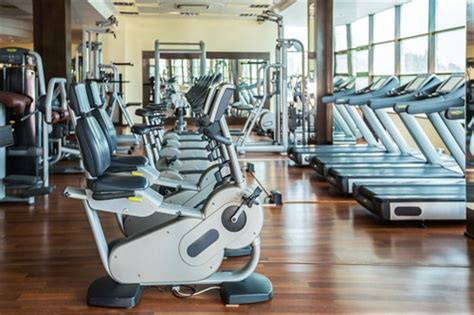 fitnessstudio vertrag moeglichkeit fristlose kuendigung