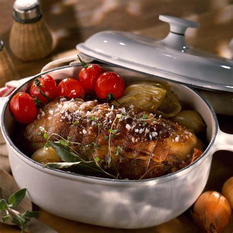 cuisiner un roti de veau au four rôti de veau cocotte facile recette sur cuisine actuelle