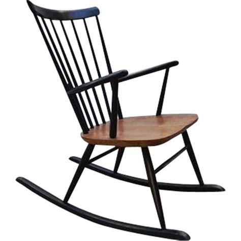 fauteuil à bascule scandinave fauteuil 224 bascule vintage scandinave en teck 1960