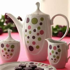 Service Vaisselle Porcelaine : services complets de vaisselle en porcelaine blanche de style moderne tasse assiette ~ Teatrodelosmanantiales.com Idées de Décoration
