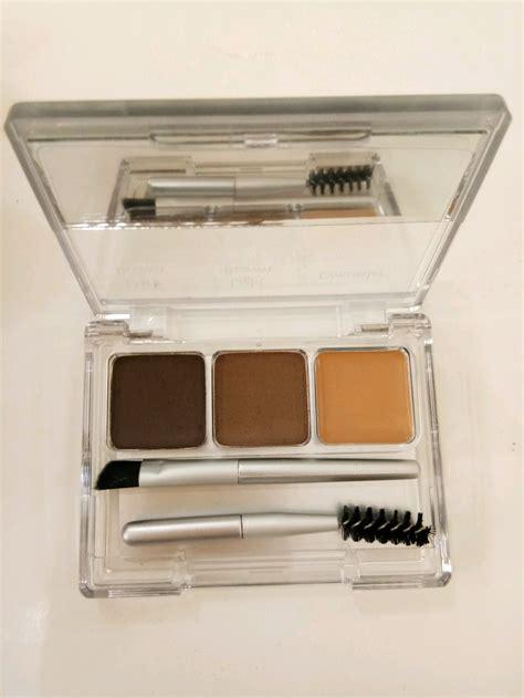 Mau tahu lebih lanjut tentang wardah eyexpert eyebrow kit? Jual Wardah EyeXpert eyebrow kit di lapak Mutiara Jaya ...