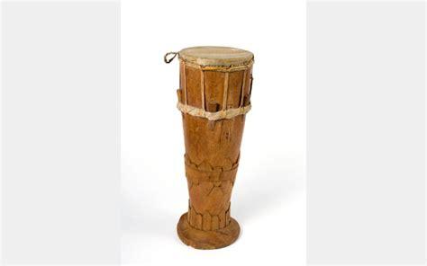Dapatkan penjelasan bukan hanya jawaban. Mengulas 14 Alat Musik Tradisional Papua yang Eksotis dan Terjaga