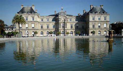 siege du senat sénat sceptiques sur utilité 56 les français 57