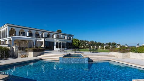 Vip's House For Sale On Top Of Beverly Hills For The