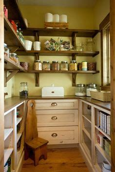 walk in kitchen pantry design ideas 1000 images about walk in pantries on pantry 9585
