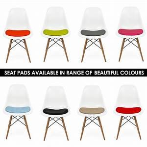 Cult Furniture Eames : coussin de chaise similicuir pour style eames dsw dsr dss cult uk ~ Indierocktalk.com Haus und Dekorationen
