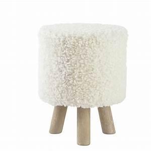 Tabouret Poil Blanc : tabouret pouf imitation laine et bois blanc alpaga maisons du monde ~ Teatrodelosmanantiales.com Idées de Décoration
