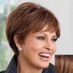 9 Attractive Short Layered Haircuts And Hairstyles For