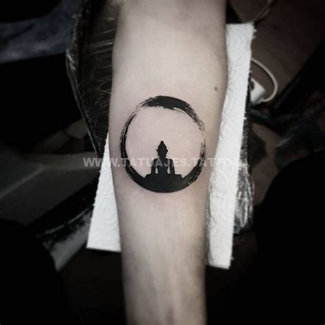 ideas de tatuajes de karma foto  significado