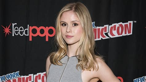actress hope jessica jones jessica jones erin moriarty interview nycc 2015 youtube