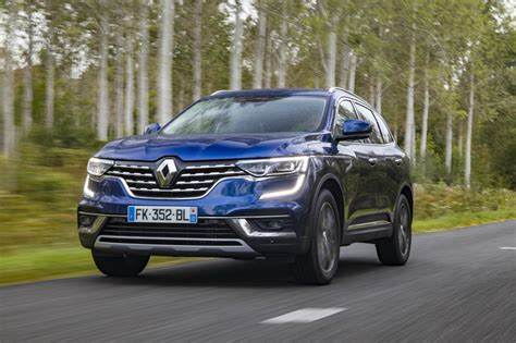 The renault koleos is a compact crossover suv which was first presented as a concept car at the geneva motor show in 2000, and then again in 2006 at the paris motor show, by the french manufacturer renault. Essai Renault Koleos 2019 : notre avis sur la version 1.7 ...