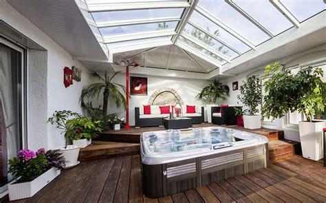cuisine blanche et grise véranda espace vie l 39 extension sur mesure