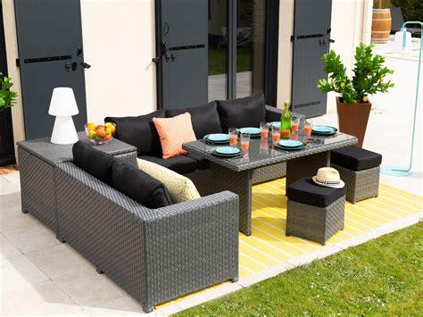 canapé salon de jardin salon de jardin 7 places canapé d 39 angle 2 poufs