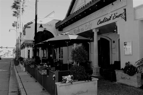 Apartments Downtown Venice Fl by Made In Italy Restaurant Martini Bar Downtown Venice Fl