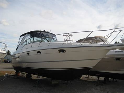 Maxum Boats For Sale In Ontario by Maxum 3300 Scr 2000 Used Boat For Sale In Simcoe Ontario
