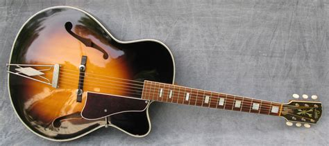 Vintage Guitars, SWEDEN - 1961 Levin Model 330.