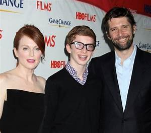 The gallery for --> Julianne Moore Son