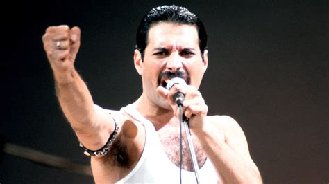 Freddie Mercury To Be Honoured With Blue Plaque