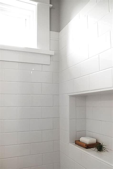 create   white bathroom tile mountain