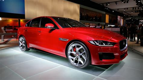 jaguar xe surprisingly similar  tesla model