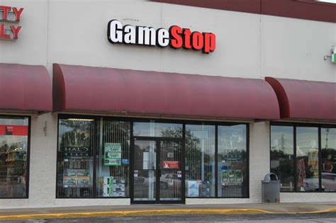 GameStop credit card hack: Online shoppers could be ...